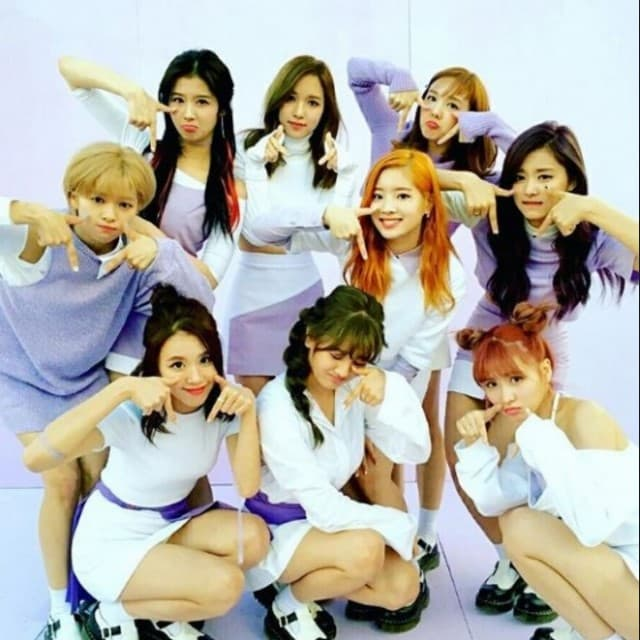 Ah Young et al. posing for the camera - JEONGYEON